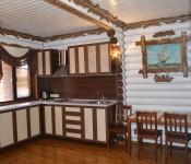 Цены на проживание в деревянных коттеджах в 2015 году у самого Чёрного моря указаны в рублях. В стоимость включено проживание от 420 руб за человека (стоянка авто, пользование интернетом). Возможно предоставление дополнительного места от 150 — до 250 руб…